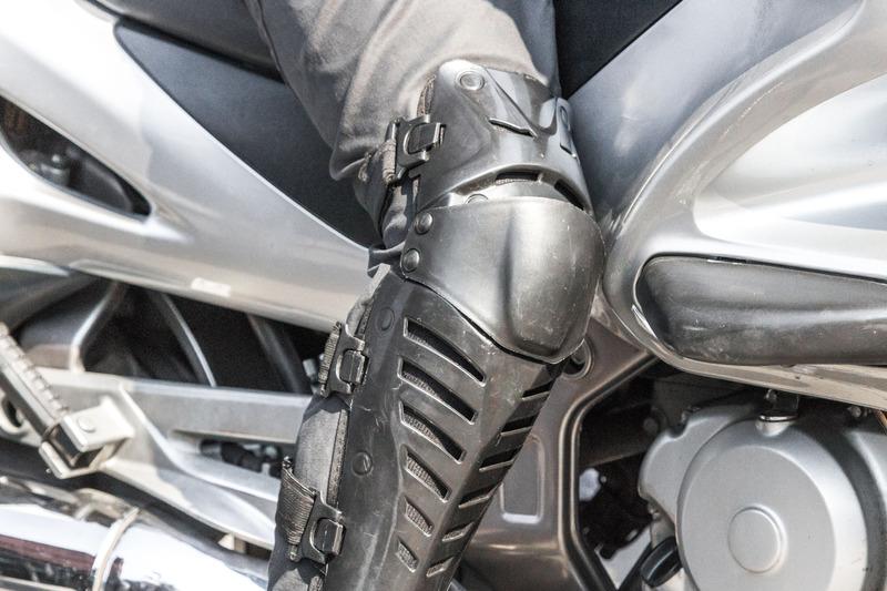 miglior paraginocchia moto